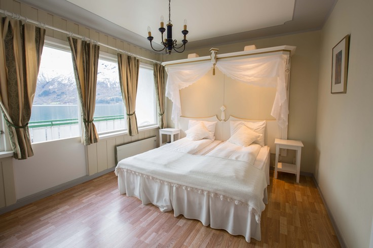 Photo Hjelle Hotel - eit romantisk hotell i Fjord-Norge ...