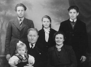 Lorentz og Hanna med barna